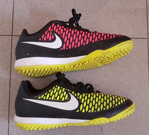 zapatos futbol microtacos nike magista para niños