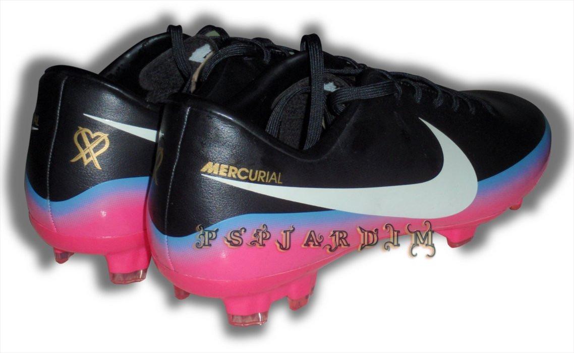 4b7c8e700cab6 zapatos futbol tacos clase a mercurial cristiano ronaldo. Cargando zoom.