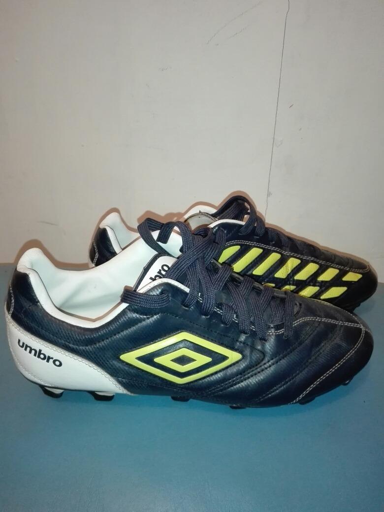 ce587b997eb1d Zapatos De Fútbol Umbro -   8.000 en Mercado Libre