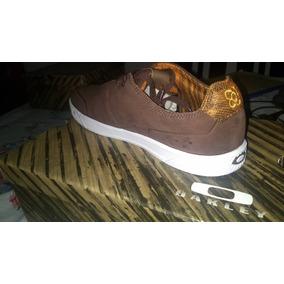 877d1c809e Vendo Zapatos De Caballero Oakley Original Marrones Talla 10 · Bs. 155.000