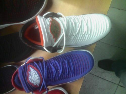 zapatos jordán