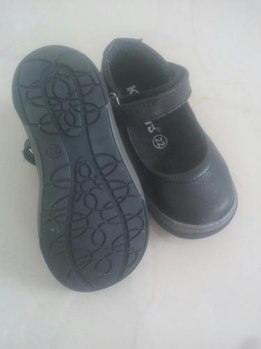 zapatos kickers colegiales