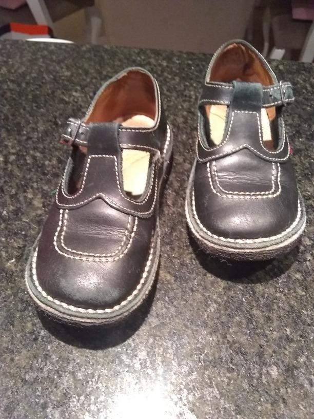Zapatos Kickers Kali Negros T.28 $ 150,00