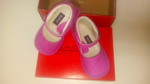 zapatos magus fucsia de niña, talla 20, suela antiresbalante