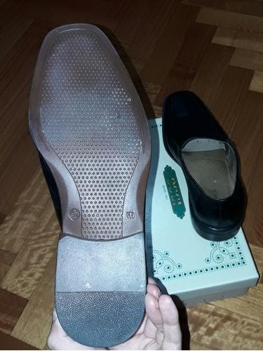 zapatos marca oggi negros