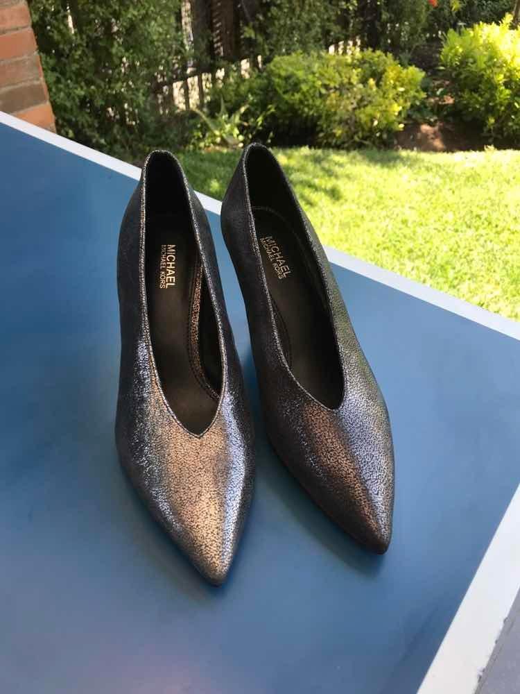 Zapatos Michael Kors Talla 6 -   50.000 en Mercado Libre 40448c23473cf