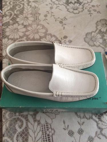 zapatos mocasín blancos talla 35 cuero