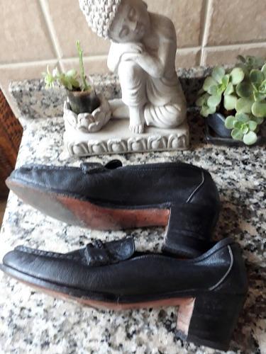 zapatos mocasines guido negros talle 35 de cuero cocidos exc