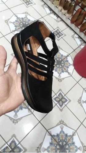 zapatos negros con dorado talla 6
