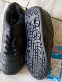 1af5e8a64 Zapatos Escolares Negros Para Hombre - Ropa y Accesorios en Mercado Libre  Colombia