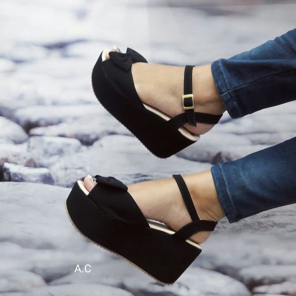 84ac466fbd6 zapatos negros plataforma bajita moda colombia dama moda. Cargando zoom.