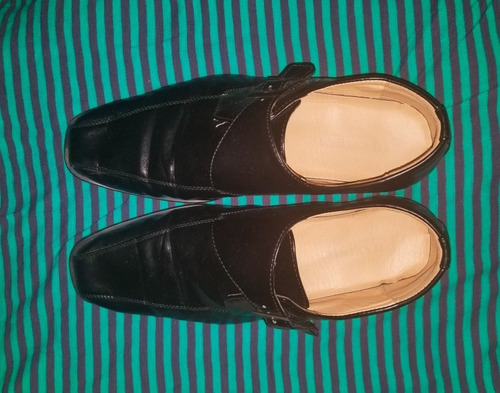 zapatos negros size 8.5