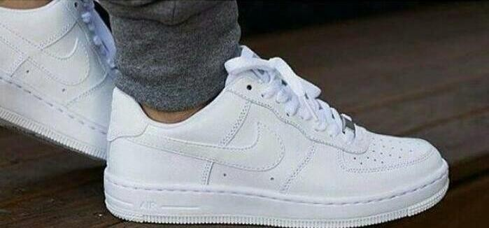 c5895868a89 Zapatos Nike Air Force One Corte Bajo Caballero Dama - Bs. 1