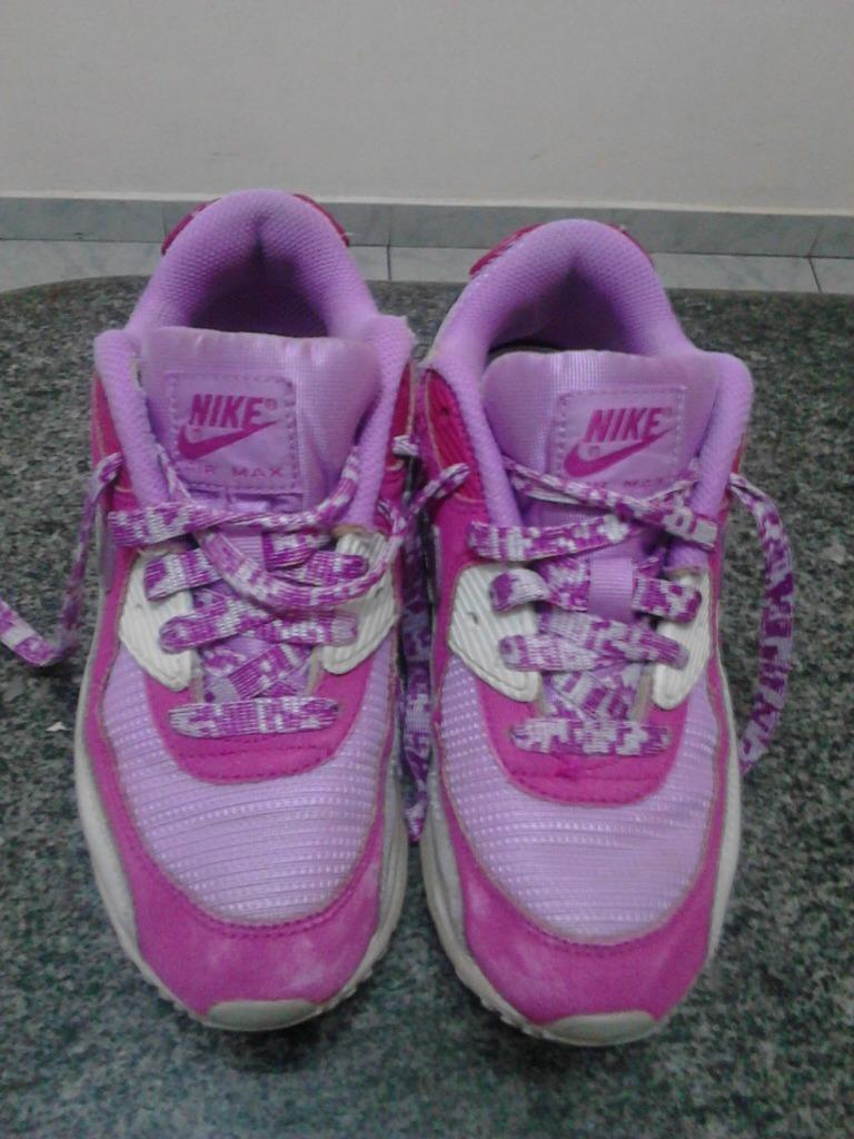 Zapatos Nike De Niña Talla 33,5