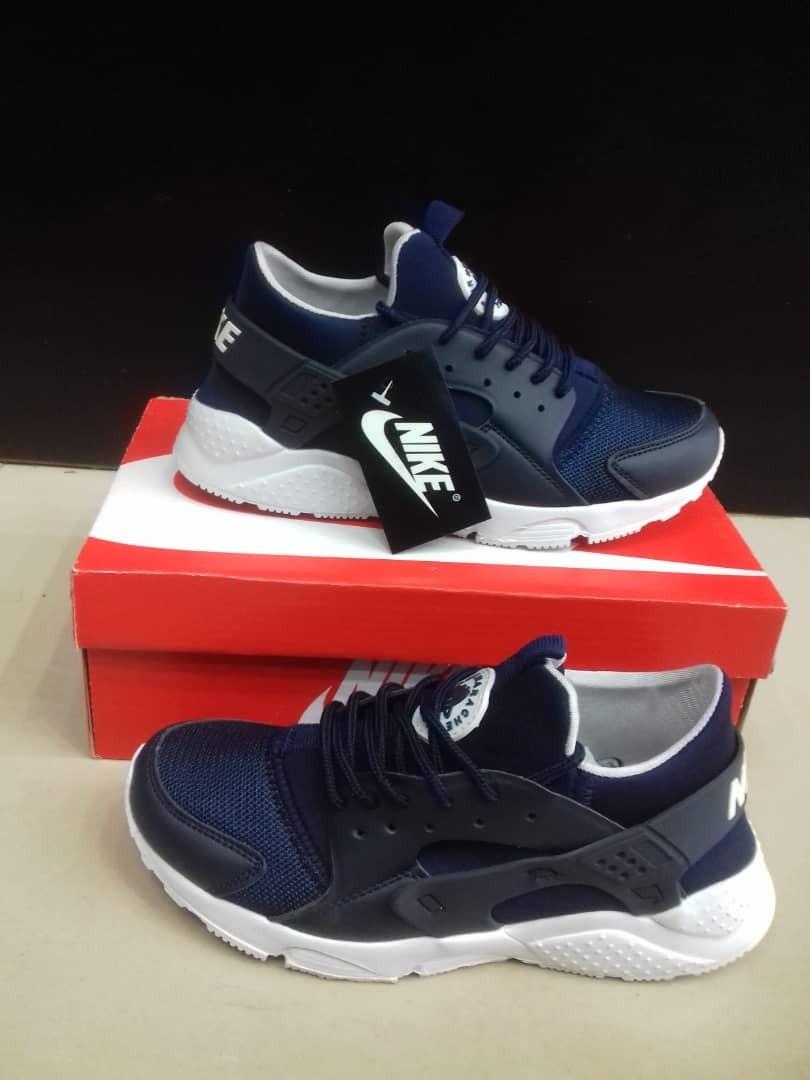 Zapatos nike Huarache Para Mercado Dama Bs. 4.500,00 en Mercado Para Libre 82e9bb