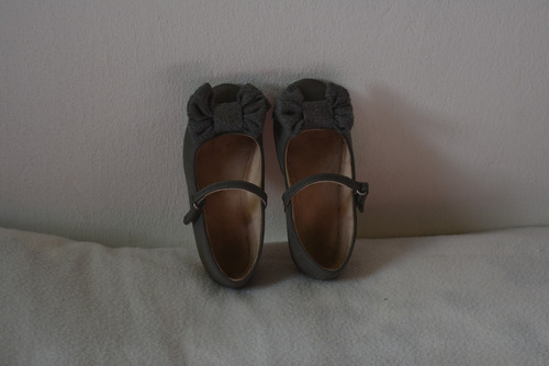 zapatos niña zara