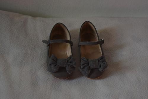 zapatos niña zara número 24