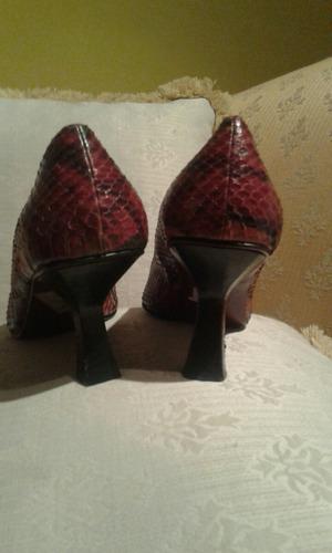 zapatos nine west, color burdeo