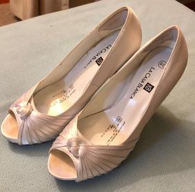 e1ae4c685f9 Zapatos Novia Blancos Talla 35-36. De La Casa Blanca.