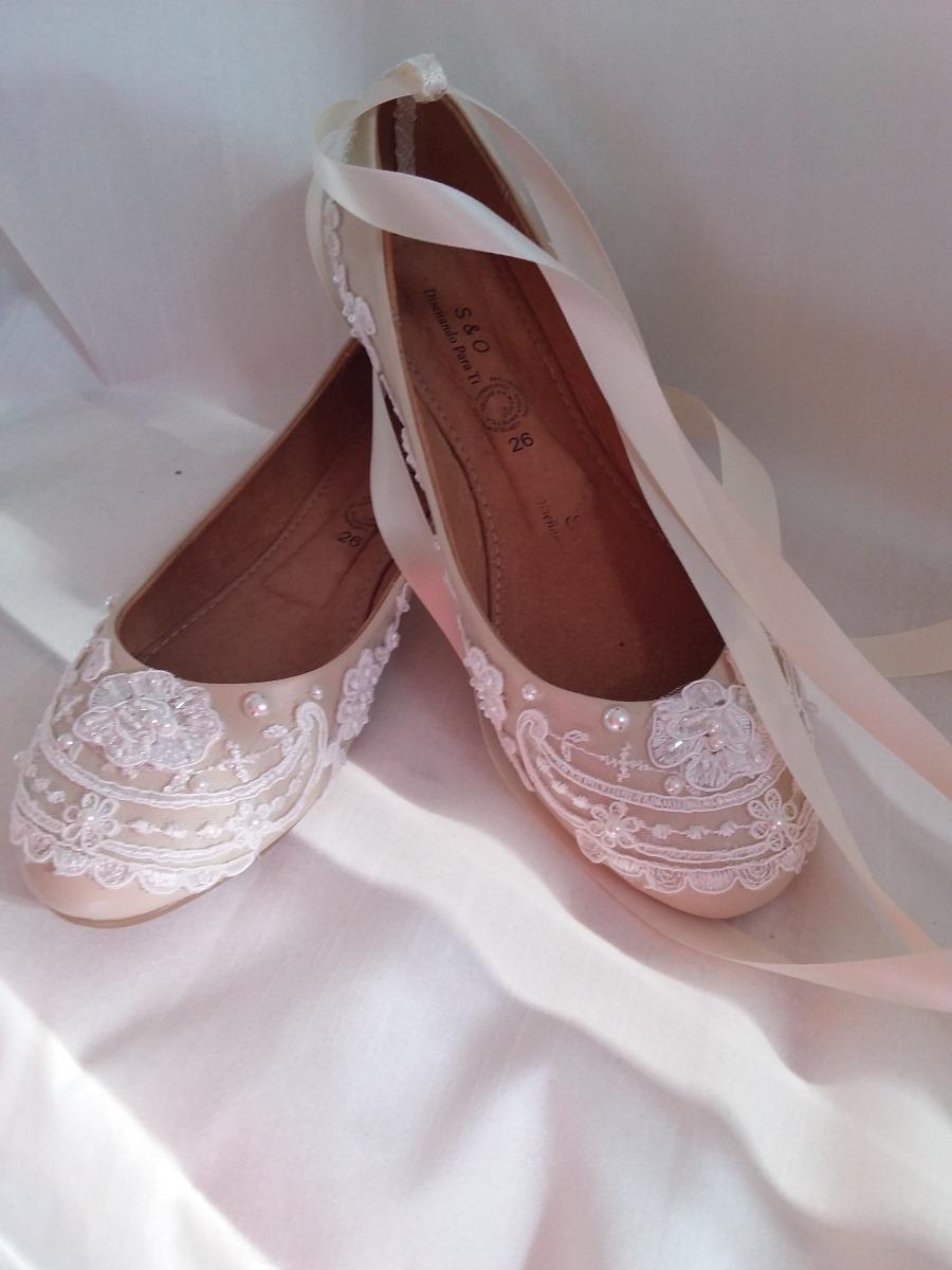 aa57f4d3b92 Zapatos novia primera comunión decorados encaje perlas boda cargando zoom  jpg 900x1200 Zapatos primera comunion