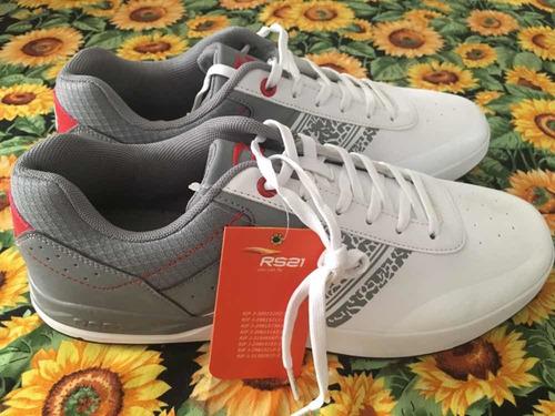 zapatos nuevos originales rs21 talla 43