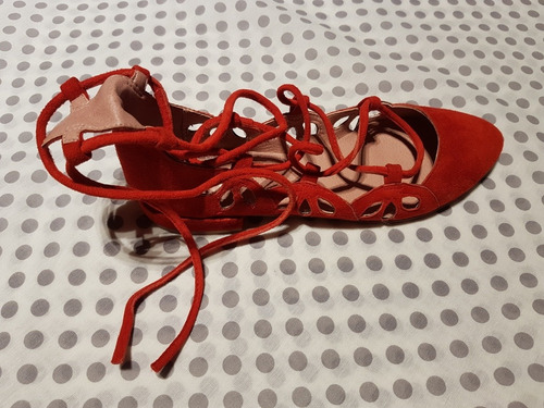 zapatos nuevos sin uso de marca talla 36