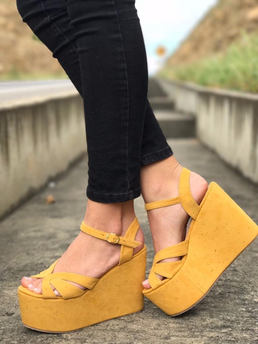6eaca47d6 zapatos para dama plataforma mostaza de moda en colombia. Cargando zoom.