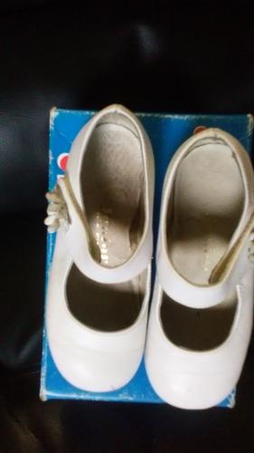 zapatos para niña color blanco
