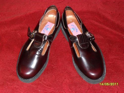 zapatos para niña en cuero color cafe
