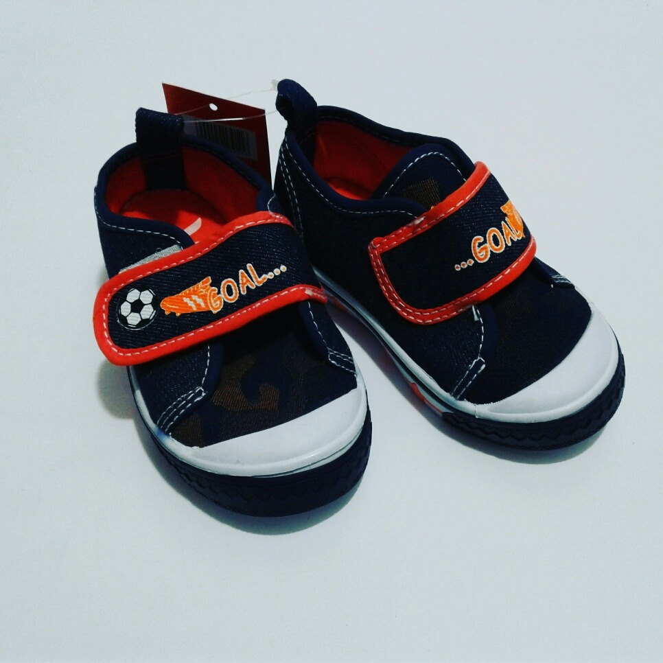 zapatos de niños tipo converse
