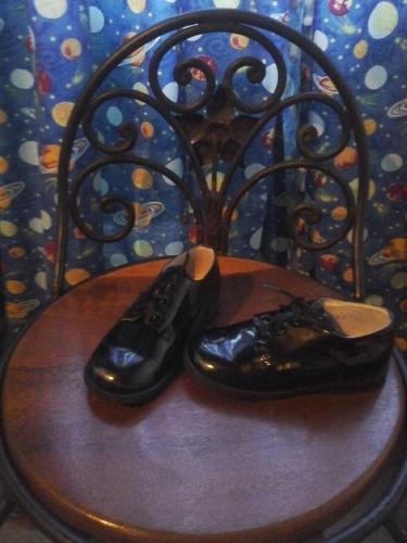 zapatos patentes niño