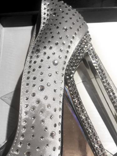 zapatos pole dance plateados altos con diamantes