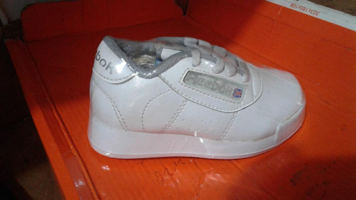 zapatos reebok deportivos niños unisex classic colegiales. Cargando zoom. df5497509