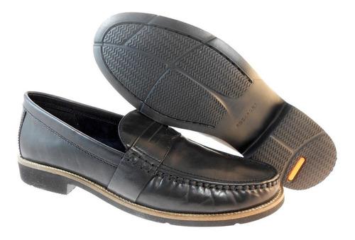 zapatos rockport con tecnología deportiva adidas