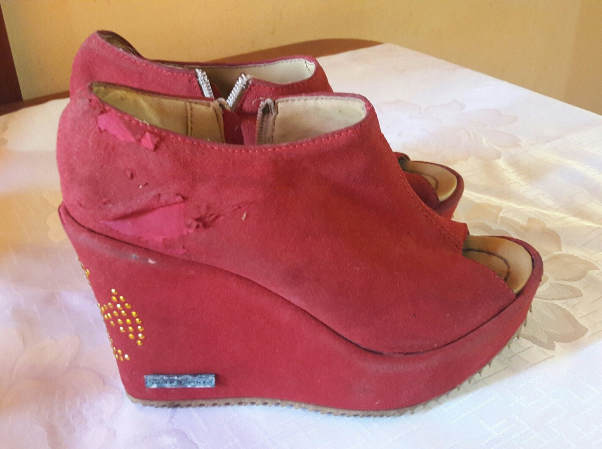 2d2e67d6 Zapatos Rojos Con Plataforma - $ 300,00 en Mercado Libre