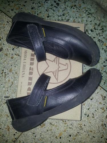 zapatos romanos y kickers niña originales