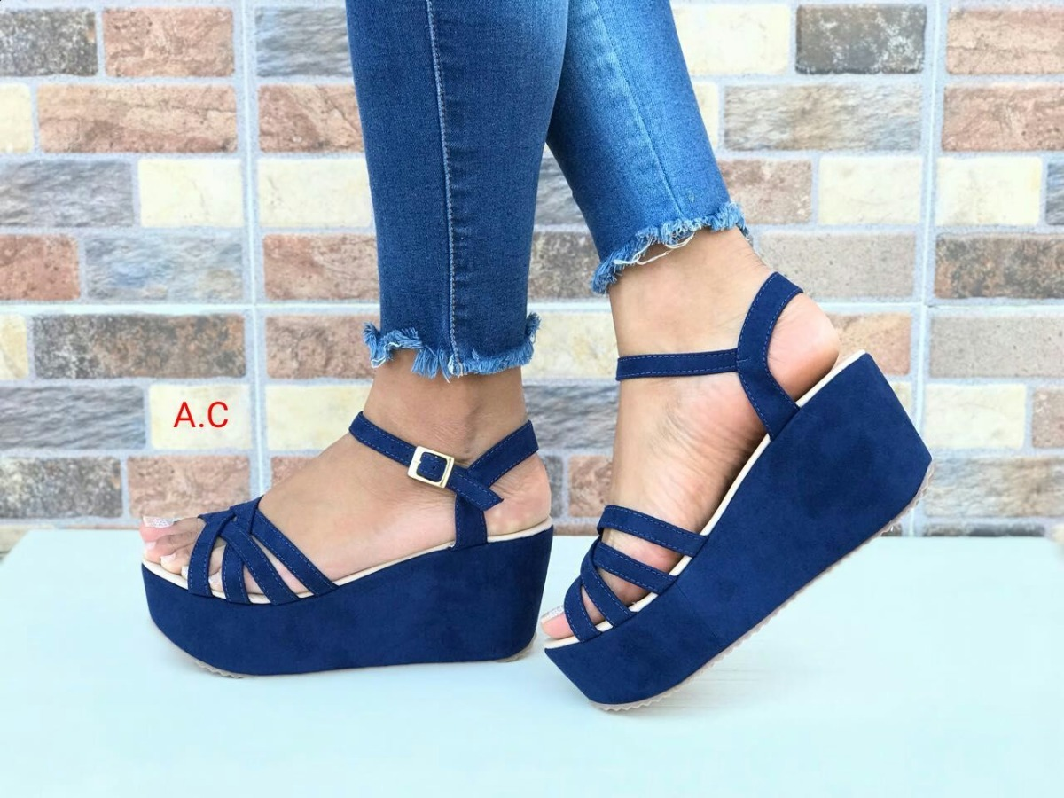 1b856a0668607 zapatos sandalias azules altas calzado de moda en colombia. Cargando zoom.
