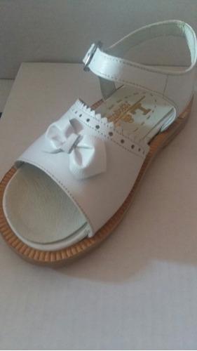 zapatos. sandalias de comunión bautismo y fiesta niña 17-26