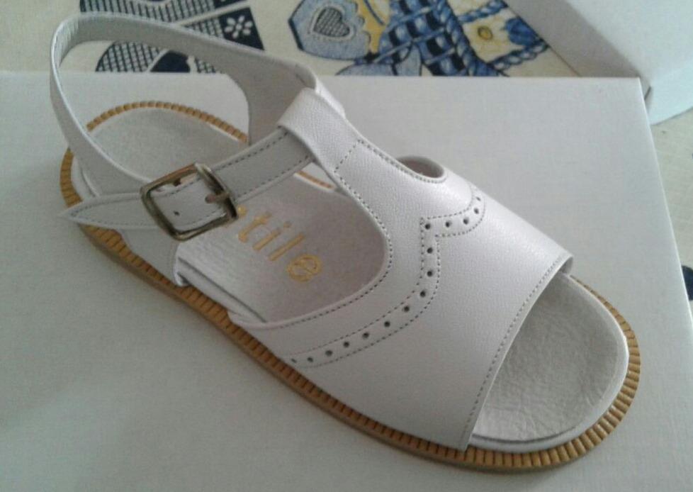c1bb1f820 Zapatos. Sandalias De Comunión Bautismo Y Fiesta Niña 17-26 ...