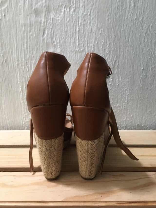 Cargando Plataformas Zoom Zapatos Uq5fwhx4 Stradivarius Sandalias oQerdWCxB