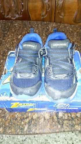 zapatos skechers n 25. usados.