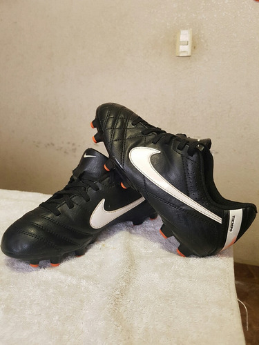 zapatos soccer nike tiempo