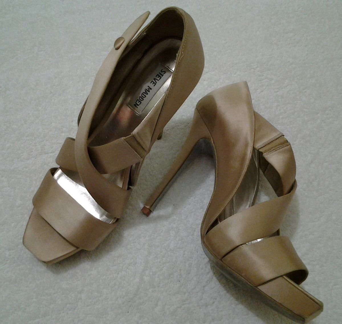 Bigote espiral No autorizado  Zapatos Steve Madden Originales - Bs. 6.500.000,00 en Mercado Libre