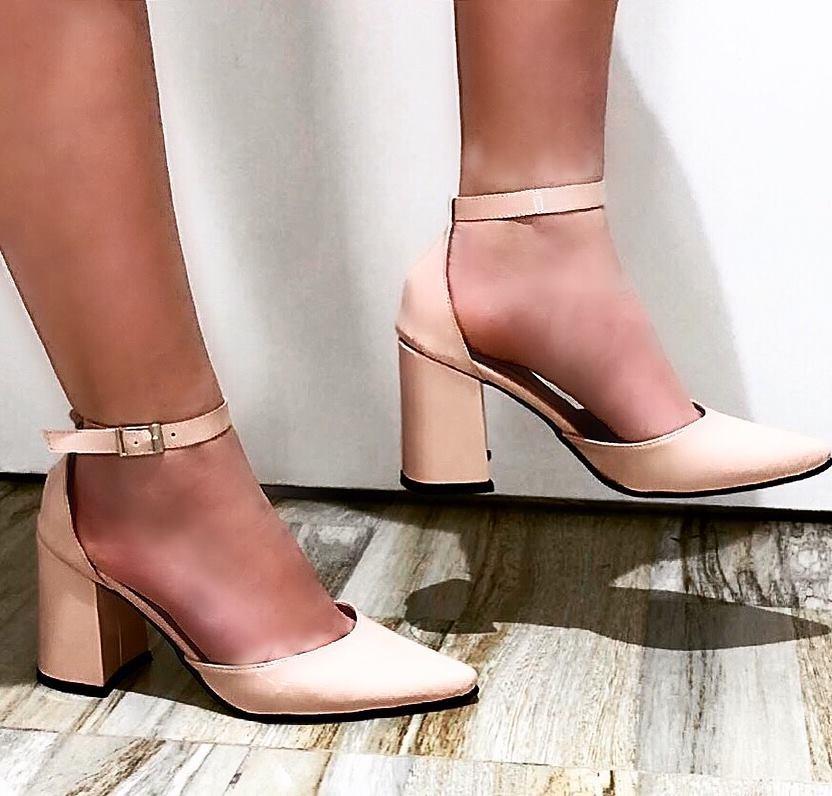 zapatos stilettos de charol pulsera en tobillo taco medio. Cargando zoom. bae22b66c56