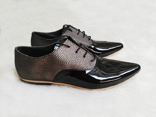 zapatos stilletos acordonados de mujer, urbanos de vestir.