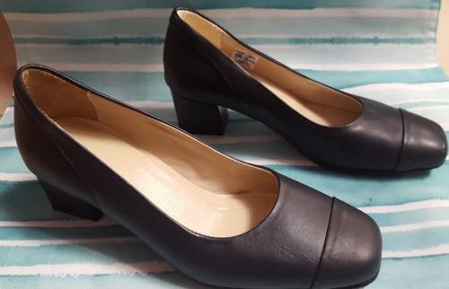 zapatos taco bajo