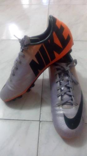 zapatos tacos de futbol