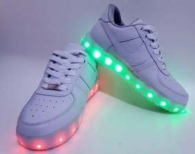 diferentemente Tienda vívido y de gran estilo Zapatos Tenis Blancos Zapatillas Luz Led Recargable Usb