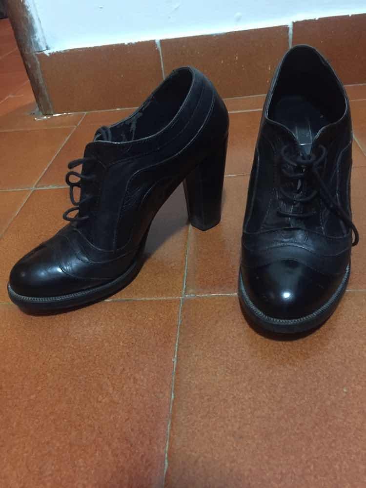 c20bfe3af4b Cargando botines zoom negros tipo zapatos pwxRHqtfv