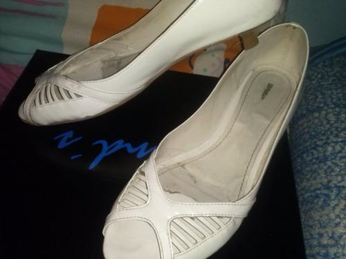 zapatos tipo chatitas calados talle 38!!!